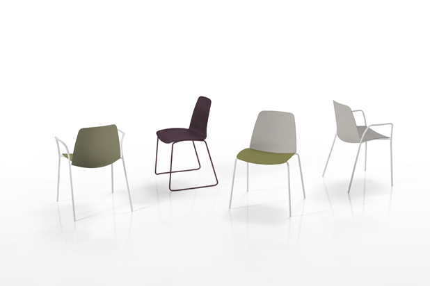 Despide el a o con asientos y mesas made in spain for Silla unnia inclass