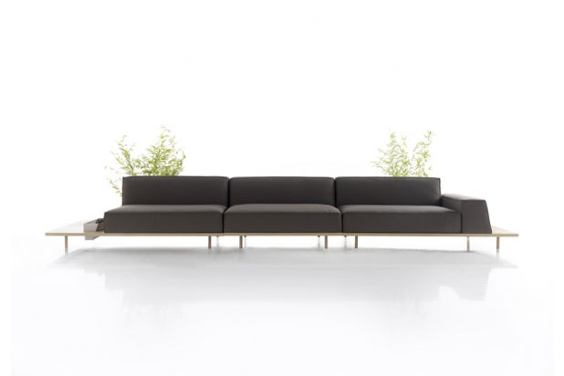 Sofa MUST diseñada por Francesc Rifé para Koo International