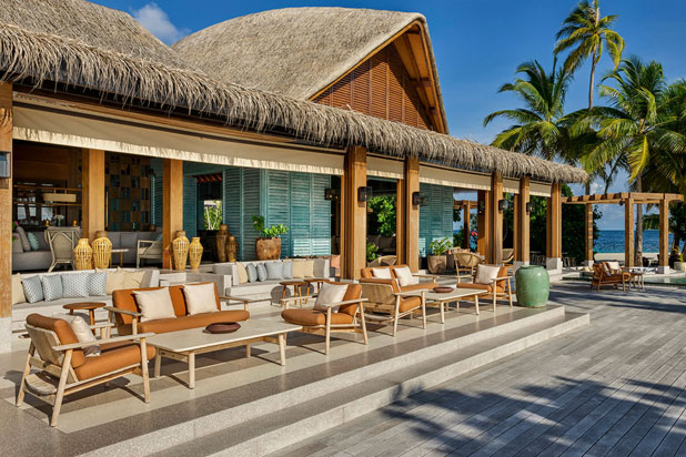 Kettal´s furniture at the Joali resort in the Maldives. Photo: Courtesy of Kettal.