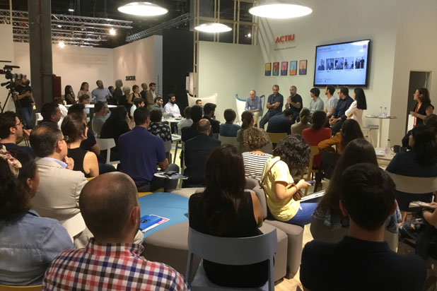 Debating forum with Spanish designers at Actiu round table and talks
