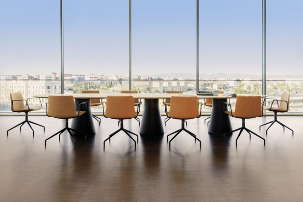 REVERSE table and FLEX chairs by Piergiorgio Cazzaniga for Andreu World. Photo courtesy of Andreu World.