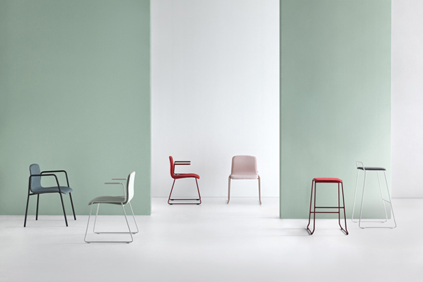 HUG chairs and stools by Ximo Roca for Mobboli. Photo: Courtesy of Mobboli