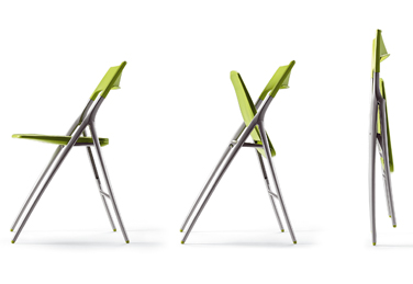 Plek – a foldable, vibrant, lightweight chair