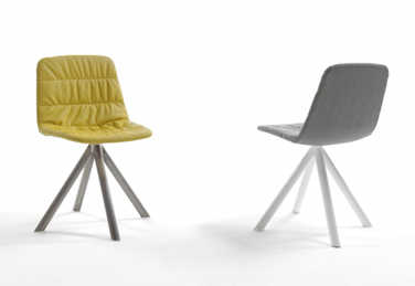 Maarten chair, designed by Víctor Carrasco