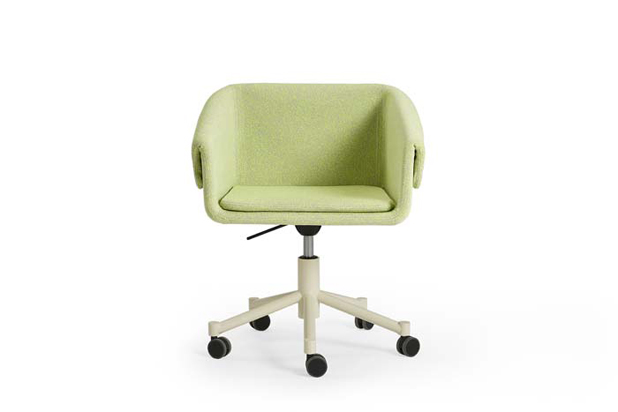 COLLAR  BASE WHEELS chair by Rafa García for Sancal. Photo: Courtesy of Sancal