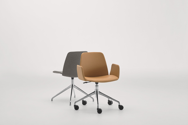 UNNIA Tapiz chairs, designed by Simon Pengelly for Inclass