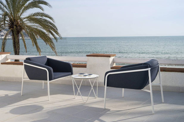 NUA Soirée armchairs, designed by Ferran Serra for Calma