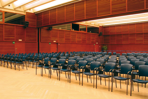 EINA chairs at the Palacio de Congresos Kursaal in San Sebastián, Spain