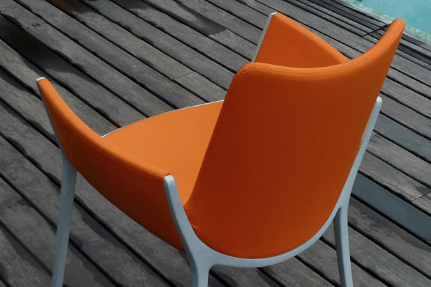 DUNA chair, designed by Jorge Pensi for Cassina