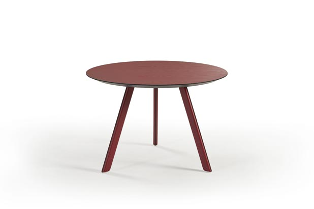 Tortuga table by Isaac Piñeiro for Sancal
